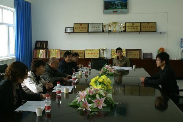 在塔里木大学副校长刘俊浩教授